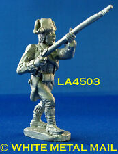 Military Lead Casting LA4503 Colonial Private Charging with Musket