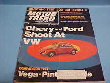 VINTAGE JANUARY 1971 HOT ROD MAGAZINE CHEVY AND FORD SHOOT AT VW