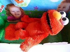 LAUGH OUT LOUD ELMO LOL LAUGHING PLAYSKOOL SESAME STREET TALKS TELLS JOKES