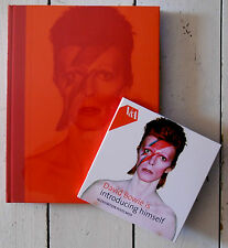 DAVID BOWIE IS * OFFICIAL 2013 EXHIBITION HARDBACK V&A BOOK w/ POSTCARDS * BN&M!