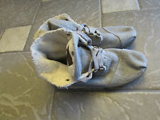TOM'S GRAY FLEECE LINED ANKLE BOOTS SHOE BOOTS WOMENS 10 FABRIC FREE SHIP