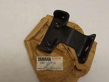 NOS YAMAHA 8M6-21429-01-00 ENGINE BRACKET 3  SRX440 VMX540