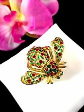 JOAN RIVERS GOLD RED RHINESTONE GREEN ENAMEL HOLLY JOLLY LEAF & BERRY BEE BROOCH