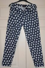 New Sz 10 31 leg Mid Navy Cotton light weight Jean Trousers Daisy Print Gift