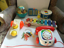 LOT OF 7 DIFFERANT  VINTAGE FISHER PRICE TOYS - DRUM ROLLY POLLY PULL A TUNE +++