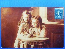 fantaisie, photo jeunes filles au bouquet