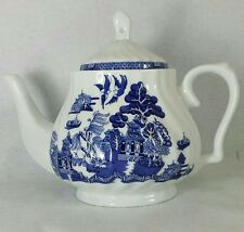 CUTHBERTSON china BLUE WILLOW  swirl TEAPOT  with lid 5 cup 40 oz.