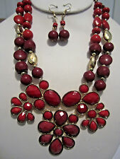 Multi Red Faceted Lucite Bead Gold Tone Base Gold Tone Bead Necklace Earring Set