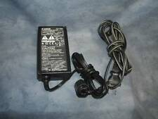 Genuine Canon Compact AC Adapter Power Supply 9.5VDC      CA-560