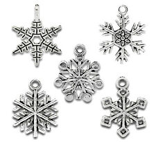 BD 50PCS New Mixed Silver Tone Christmas Snowflake Charm Pendants