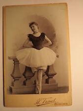 München - Gertrud Altenberger ? als Mädchen Ballerina Ballett Kulisse / KAB