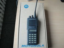 TWO WAY RADIO MOTOROLA MT2100 UHF 403-470 MHZ 4W incl battery/charger