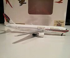 Aeroclassics Gulf Air Boeing 767-300 1/400 scale A4O-GF model like Gemini Jets