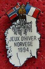 BEAU PIN'S CHIENS DE TRAINEAU HUSKY JEUX D'HIVER SPORT NORVEGE 1994