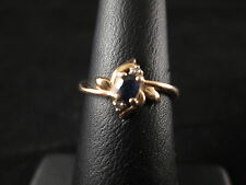 VINTAGE 14K YELLO GOLD SAPPHIRE RING WITH TWO SMALL DIAMONDS