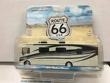 Greenlight ROUTE 66 USA * 2016 Fleetwood Bounder RV * OFF WHITE * 1/64 Diecast