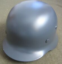 WWII GERMAN M35 COMBAT STEEL HELMET- 68 SHELL AND 59-60 LINER