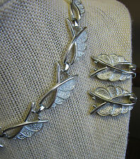 Vintage Sarah Coventry Bright Silvertone Stylized Leaf  Necklace & Earrings Set