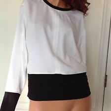 Helmut Lang Barneys Exclusive Rafter White and Black Zippered Top Sz Smal2-4