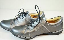 Clarks Un Honey Leather Lace-Up Sneaker Shoes Womens 8.5 Silver Pewter Metallic