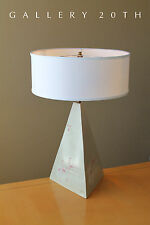 RARE! SIGNED DESIGNER CERAMIC PYRAMID TABLE LAMP! Retro Pink White Vtg Mod 1980s