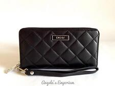 DKNY Donna Karan Quilted Leather Wristlet Wallet Black