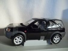 Ertl 7897 Black Land Rover 1997 Freelander 1:18