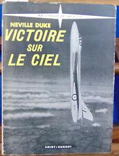 Neville Victoire sur le ciel...