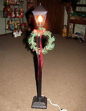 Lamp Light Post for ANIMATED CHRISTMAS FIGURE DISPLAY Weighted Cast Metal Base