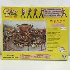 IHC, CARNIVAL Megadancer, HO Scale 1:87, # 5132