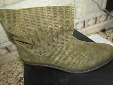 NEW JOE'S JEANS GREEN ANKLE BOOTS BOOTIES SUEDE WOMENS 8.5 STYLE: STAR II SUEDE
