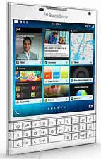 "BlackBerry Passport White SQW100-1 (FACTORY UNLOCKED) 4.5"" ,32GB , 3GB RAM ,13MP"
