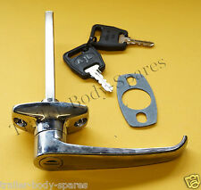FREE 1st Class Post - Chrome L Handle & 2 Keys for Trailers Horse Box Caravan