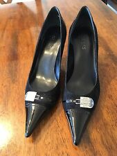 GUESS Women's Pointed Toe Heels Pumps Suede Black Size 8.5M