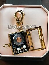 VERY RARE - NEW! JUICY COUTURE RECORD PLAYER GOLD BRACELET CHARM IN TAGGED BOX
