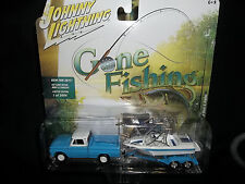 JOHNNY LIGHTNING 1/64 GONE FISHING SERIES 1 A 1965 CHEVROLET TRUCK BOAT TRAILER