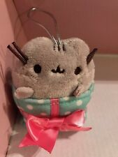 Gund Present Pusheen Holiday Ornament Box Series 2:
