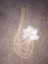 Flower/Pearl Costume Jewellery Necklace
