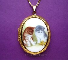 Darling Porcelain 2 KITTENS (CATS) CAMEO Costume Jewelry Locket Pendant Necklace