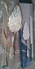 International Silver Company 2 piece bridal cake serving set NEW