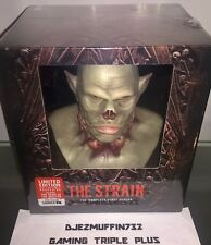 THE STRAIN: SEASON 1 PREMIUM COLLECTOR'S SET (3 DISCS) BLU-RAY