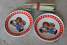 Lot of 2 Vintage Tin Childrens Raggedy Ann Small Plates and 5 Plastic Spoons