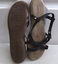 Sunjuns by G.H. Bass & Co. Womens Strappy Leather Sandals   Sz. 9M   EUC!