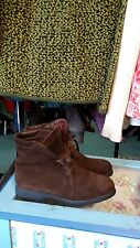 TOD's ankle boots, lace-up, brown suede, women's size US 7 EU 37 MRSP $590 EUC
