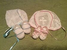 baby liam and Lia crochet pattern for bonnet and booties