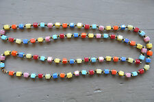 LONG COLLIER VINTAGE ARLEQUIN PERLES CARREES TCHEQUES MULTICOLORES ART-DECO