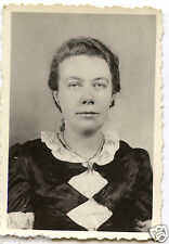 Portrait identité photomaton jeune femme - photo ancienne an. 1950