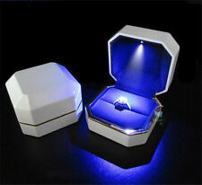 Deluxe LED Lighted White Acrylic Paint Propose Engagement Ring Jewelry Box