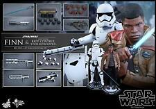 HOT TOYS 1/6 STAR WARS MMS346 FINN & FIRST ORDER RIOT CONTROL STORMTROOPER SET