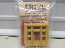 DPM MODULAR SYSTEM # 301-42 ~STREET LEVEL VICTORIAN WINDOW ~ LOT A~ HO SCALE
